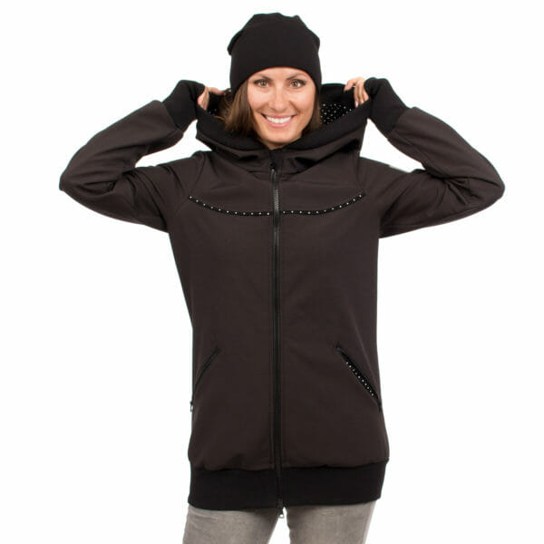 4in1 Babywearing coat softshell - AVENTURIS in black - model wears jacket without inserts front view close-up