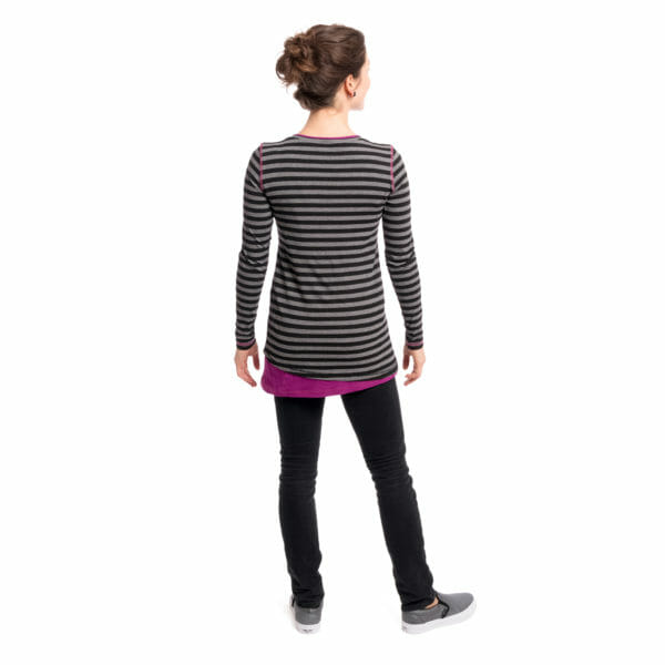 Maternity and nursing top VEGA in black-gray-purple - model wears shirt- view from back