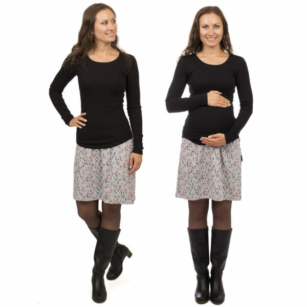 2in1 maternity skirt JORIS in light grey with triangles - model wears skirt - on the left without baby bump and on the right pregnant model with hands around baby bump - front views